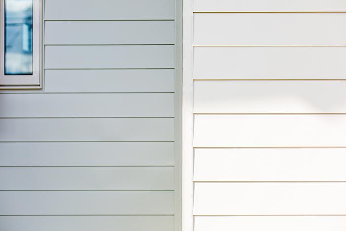 岡崎市・ガルバリウム鋼板の外壁の魅力