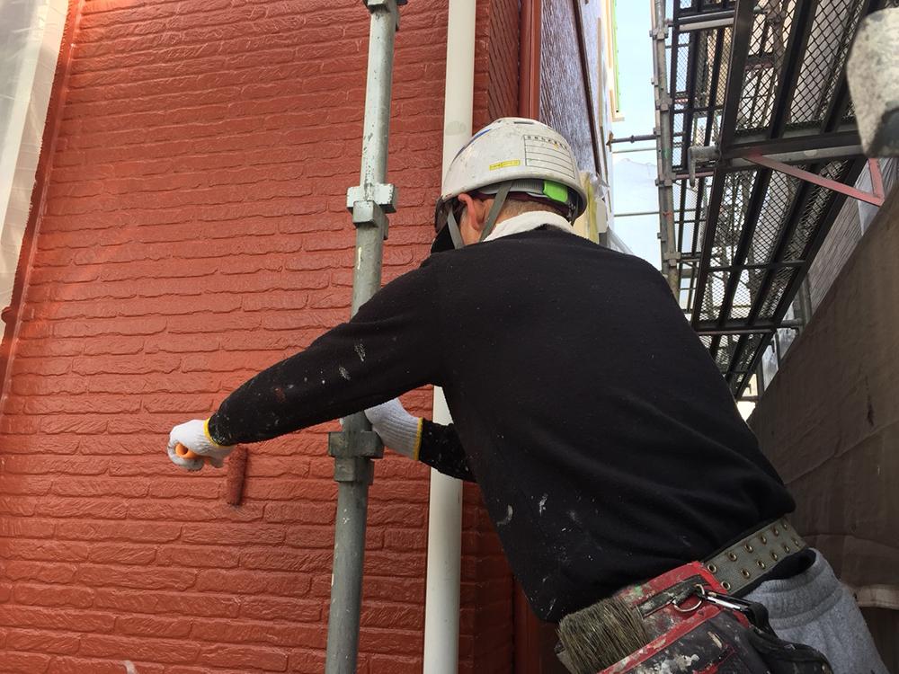 豊田市|外壁塗装の中塗り・上塗り